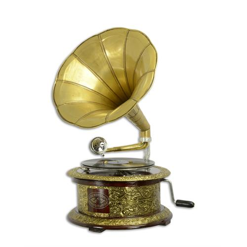 A BRASS MOUNTED ROUND GRAMOPHONE